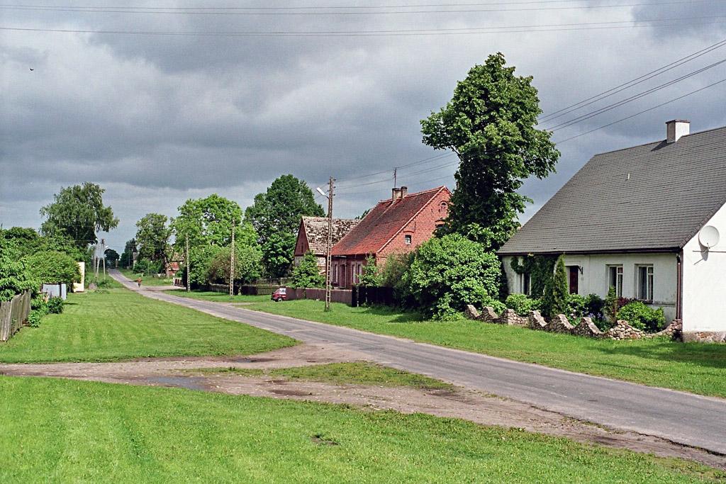 Blick auf die Dorfstrasse